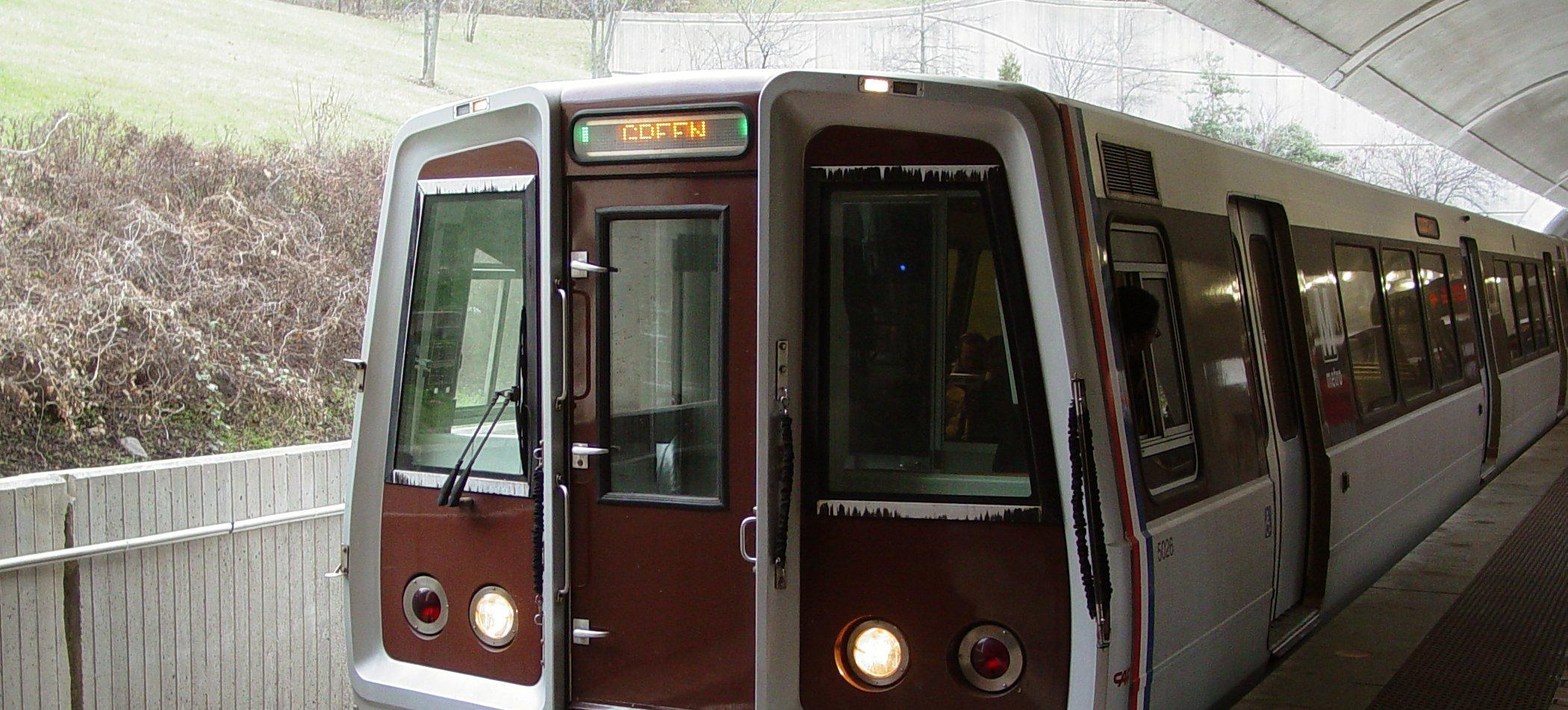Washington Mero, CAF 5026 railcar leads a Green Line train to Greenbelt at Fort Totten station lower level in Washington DC. (Credit: Ben Schumin, used via CC BY-SA 3.0)