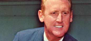 Portrait of Vin Scully. (Photo source: Official Vin Scully website.)