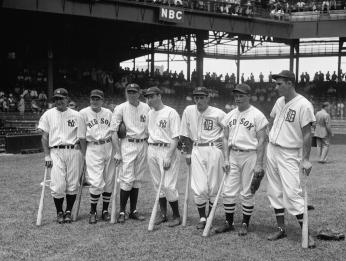 Seven of the American League All-Star players, from left to right Lou Gehrig, Joe Cronin, Bill Dickey, Joe DiMaggio, Charlie Gehringer, Jimmie Foxx, and Hank Greenberg. All seven would eventually be elected to the Hall of Fame. (Source: Library of Congress)