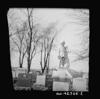 Memorials in the Congressional Cemetery