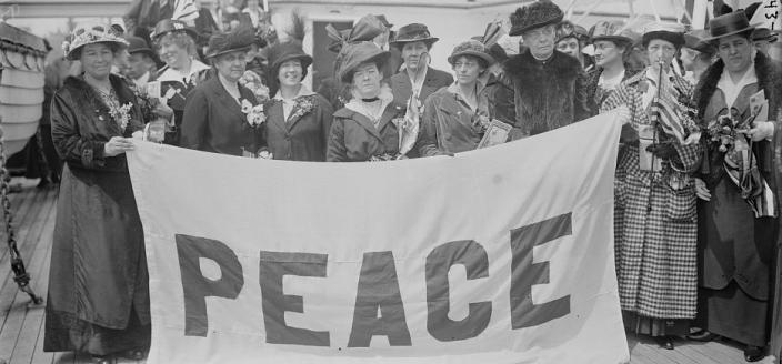 American delegates to the International Congress of Women which was held at the Hague, the Netherlands in 1915. (Source: Library of Congress)
