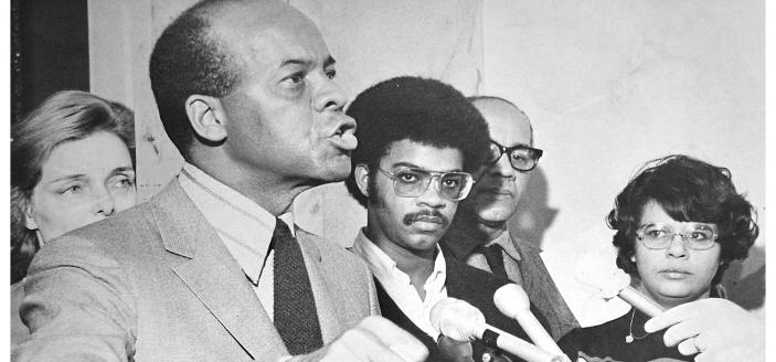 Julius Hobson announces his candidacy for District Delegate in January 1971