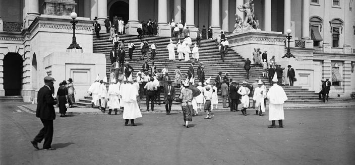 Klan members outside the U.S. Capitol in August 1925. (Source: Harris & Ewing Collection, Library of Congress)