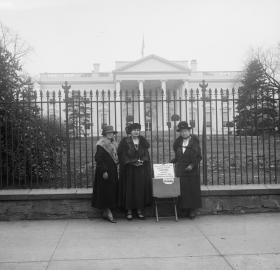 Members of the League of Women Voters of the District of Columbia protest outside the White House in 1924