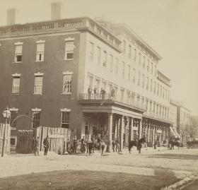Mansion House hotel in Alexandria, Virginia c. 1861 (Source: Library of Congress)