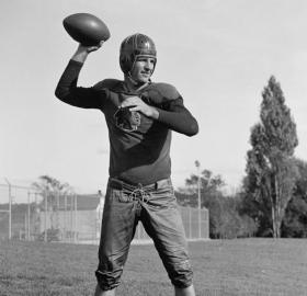 Redskins quarterback Sammy Baugh in 1937. (Source: Library of Congress)